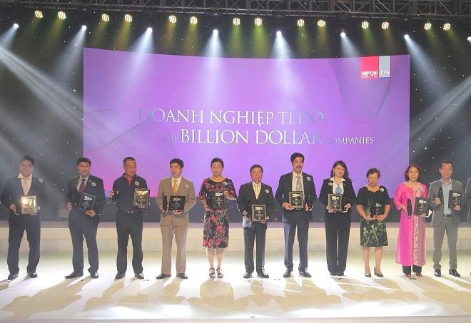 Vinamilk liên tục nhận bình chọn xuất sắc lĩnh vực kinh doanh