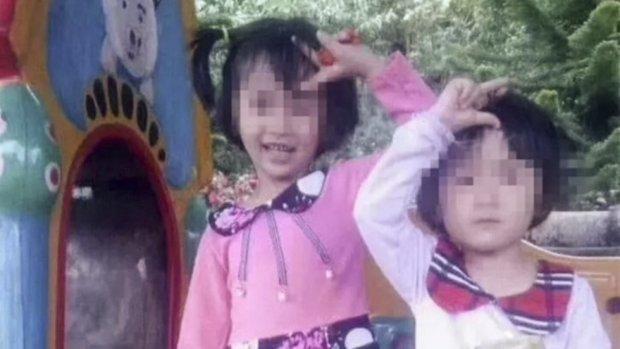 Cha sát hại hai con gái vì đang chìm trong nợ nần