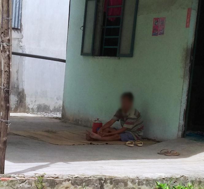 Khởi tố người cha đồi bại nghi hiếp dâm con gái 9 tuổi