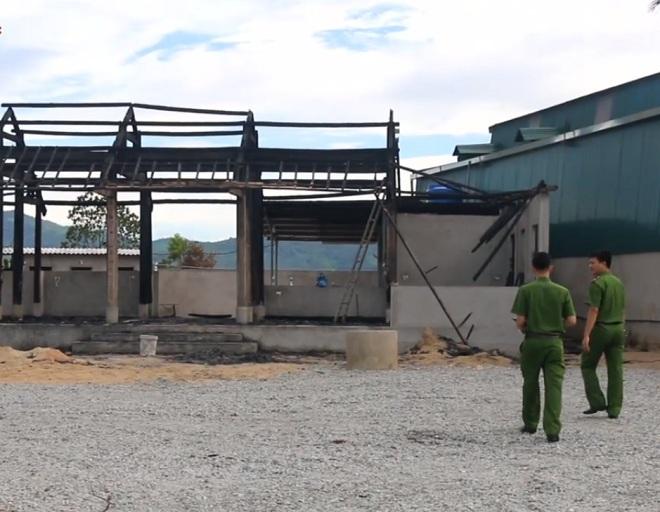 Hà Tĩnh: Sợ mất khách, chủ quán châm lửa đốt quán đối thủ