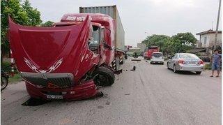 Thái Bình: Container 'rụng đầu' sau tai nạn giao thông kinh hoàng