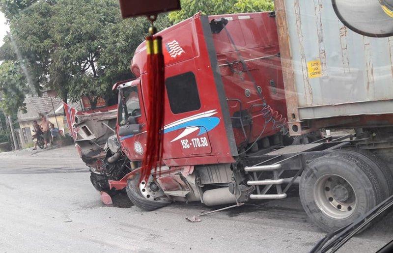 Thái Bình: Container rụng đầu sau tai nạn giao thông kinh hoàng3