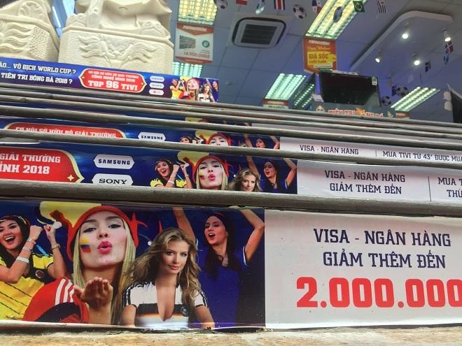 Hà Nội nóng dần trước giờ khai mạc World Cup 2018