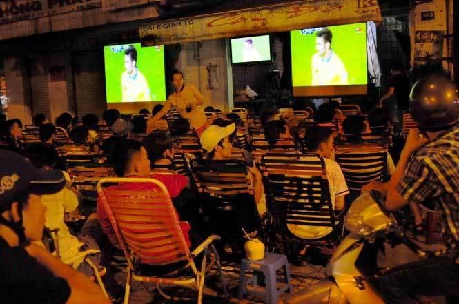 Không xin phép VTV, các tụ điểm cafe bóng đá nghỉ chiếu World Cup 2018