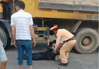 Phú Thọ: Cả đêm chiến đấu với hỏa hoạn, một Cảnh sát PCCC gặp nạn trên đường về