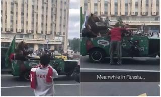 Thắng trận mở màn World Cup, người Nga dắt cả gấu ra đường ăn mừng