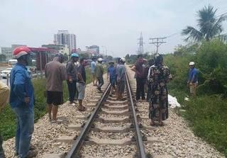 Thanh Hóa: Băng qua đường sắt 2 người đi xe máy bị tông tử vong