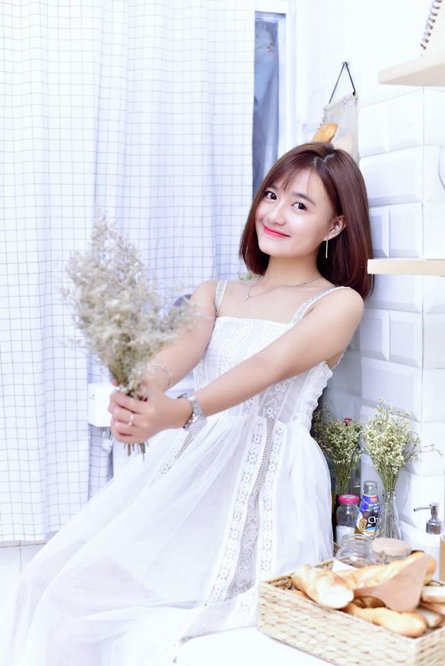 Hot girl Võ Ê Vo khoe vẻ đẹp trong veo đón chào tuổi mới10