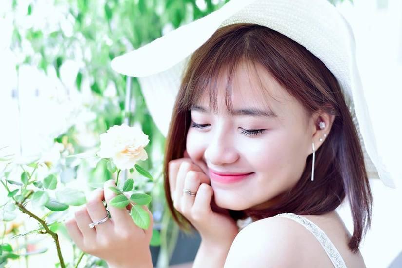 Hot girl Võ Ê Vo khoe vẻ đẹp trong veo đón chào tuổi mới7