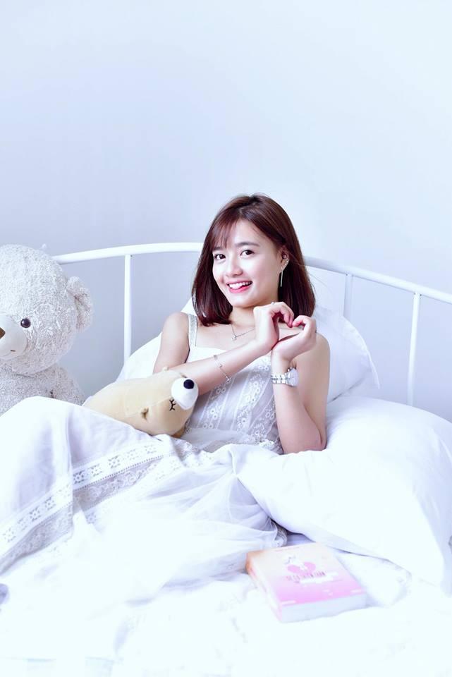Hot girl Võ Ê Vo khoe vẻ đẹp trong veo đón chào tuổi mới4
