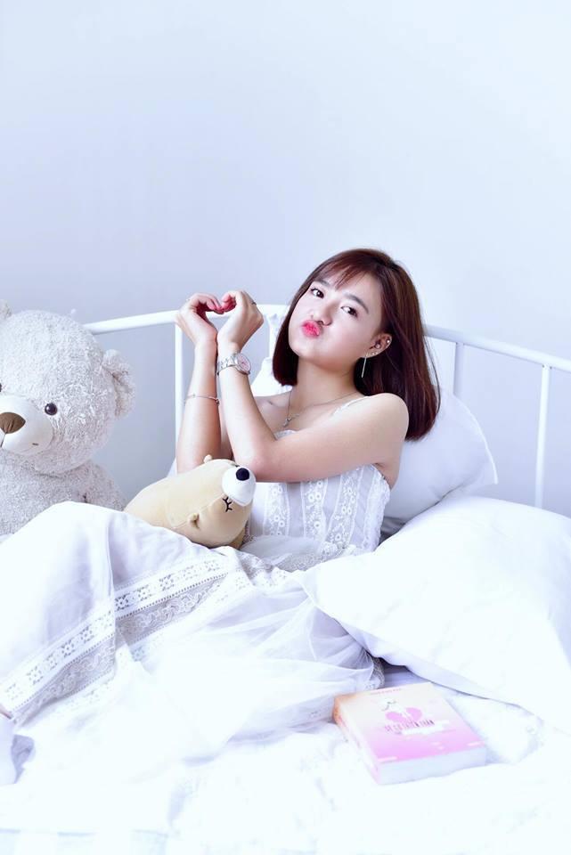 Hot girl Võ Ê Vo khoe vẻ đẹp trong veo đón chào tuổi mới5