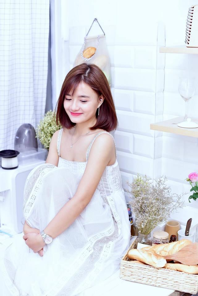 Hot girl Võ Ê Vo khoe vẻ đẹp trong veo đón chào tuổi mới9