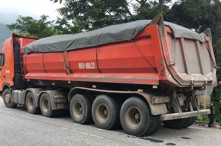 Tuyên Quang: Người đàn ông đi xe máy tử vong sau va chạm với xe ben