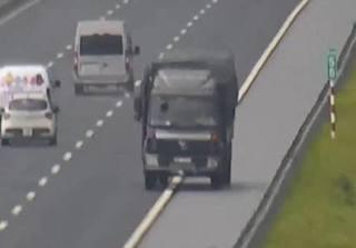 Xe tải liều mạng đi ngược chiều gần 10km trên cao tốc Hà Nội - Hải Phòng
