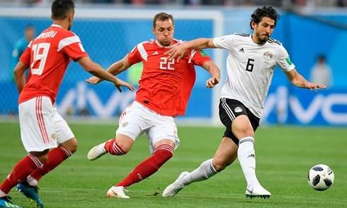 Vì sao Nga chưa chắc suất đi tiếp, Ai Cập vẫn chưa chính thức bị loại