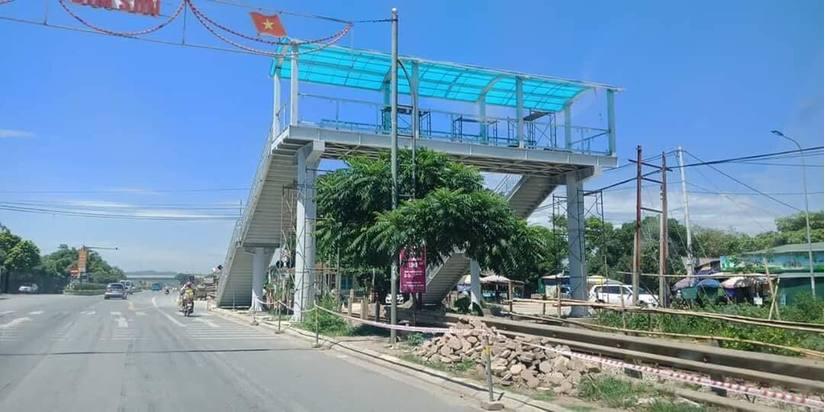 Cầu đi bộ bắc qua đường sắt ở Thanh Hóa: Chủ tịch thị xã Bỉm Sơn nói gì?