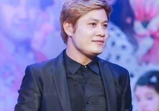 Nhạc sĩ Nguyễn Văn Chung thức trắng đêm đọc luận văn dài 110 trang về nhạc của mình
