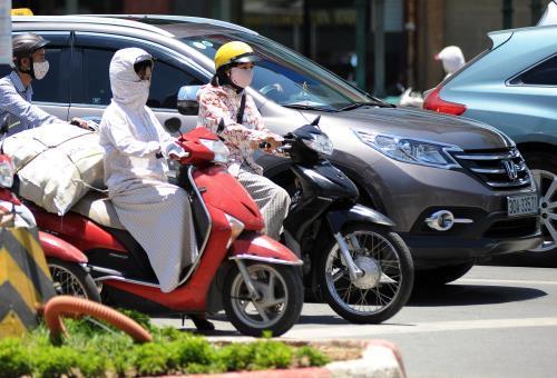 Dự báo thời tiết 21/6: Hà Nội tiếp tục nắng nóng cao độ