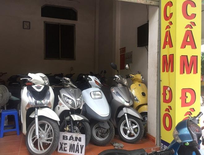 Các cửa hàng cầm đồ tại Hà Nội đã 'quá tải' mùa World Cup