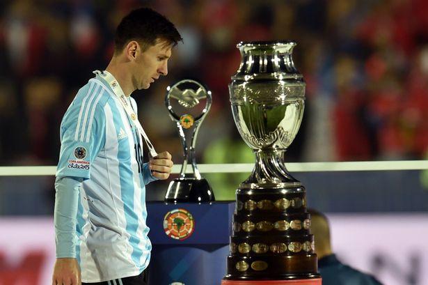 Nỗi buồn của Messi sau trận Argentina thua Croatia