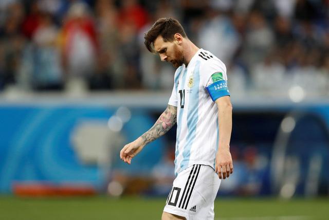 Nỗi buồn của Messi sau trận Argentina thua Croatia WC 2018