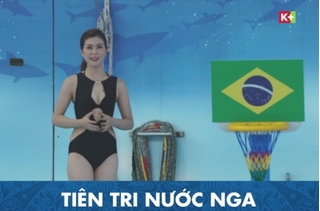 Sau 'bão' chỉ trích, nữ MC World Cup 2018 vẫn mặc bikini lên sóng
