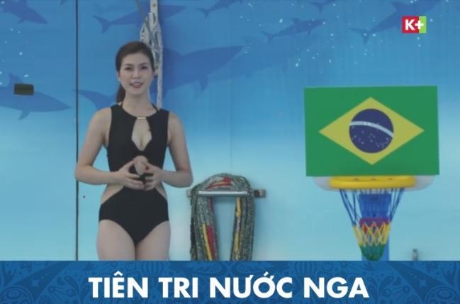nữ MC World Cup 2018 vẫn mặc bikini lên sóng