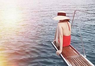 Tăng Thanh Hà diện bikini khiến dân mạng mê mẩn