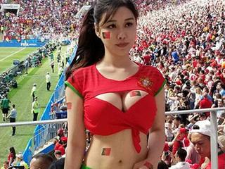 Hot girl Trung Quốc mặc như không mặc đi cổ vũ World Cup 2018