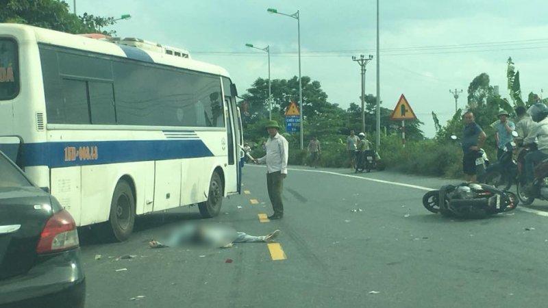 Hải Phòng: Xe máy va chạm với xe container, một người tử vong
