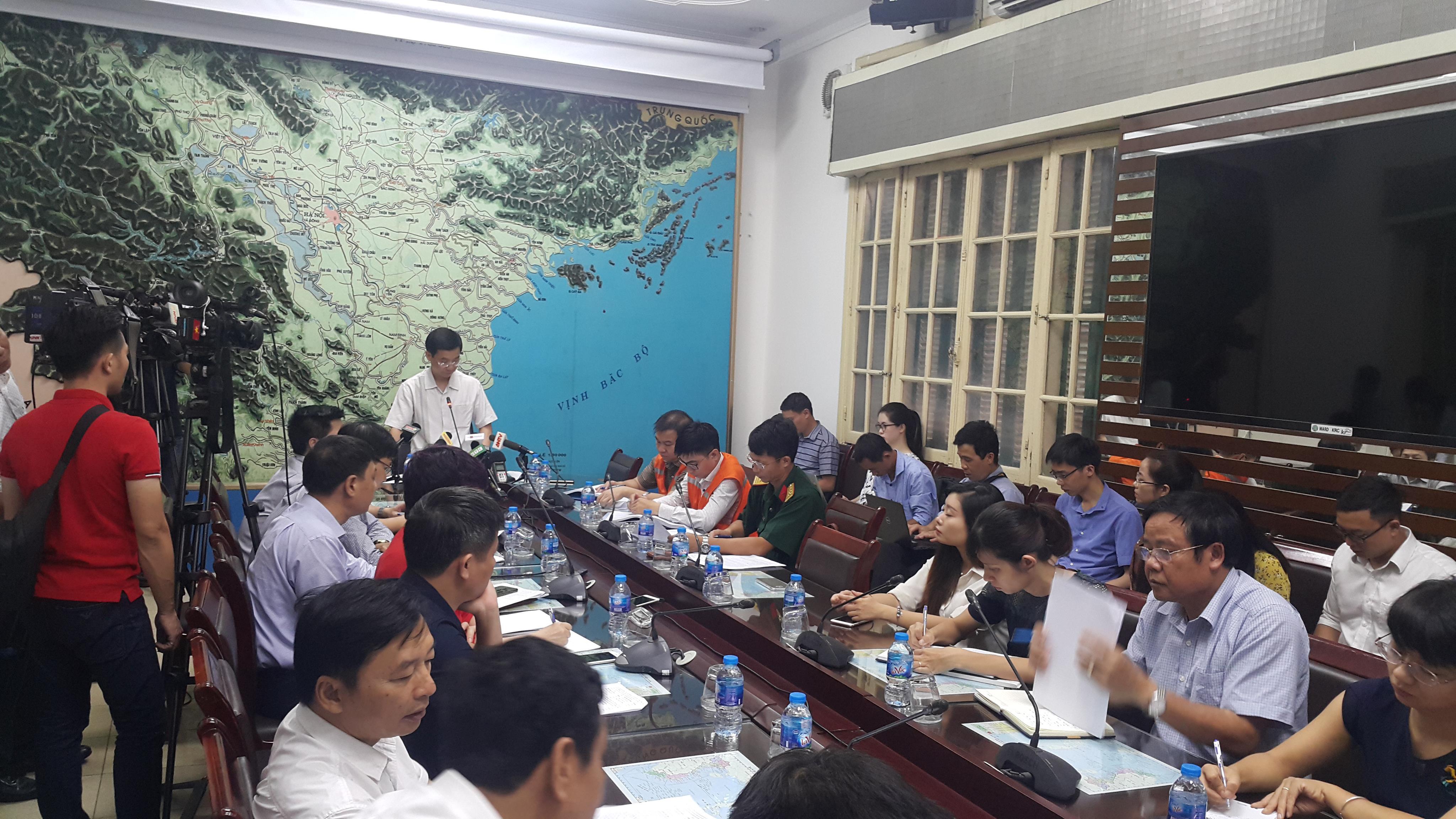 Ban phòng chống thiên tai họp bàn khắc phục mưa lũ