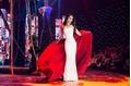 Bị nghi đi muộn khi làm vedette, Hoa hậu Hương Giang nói gì?