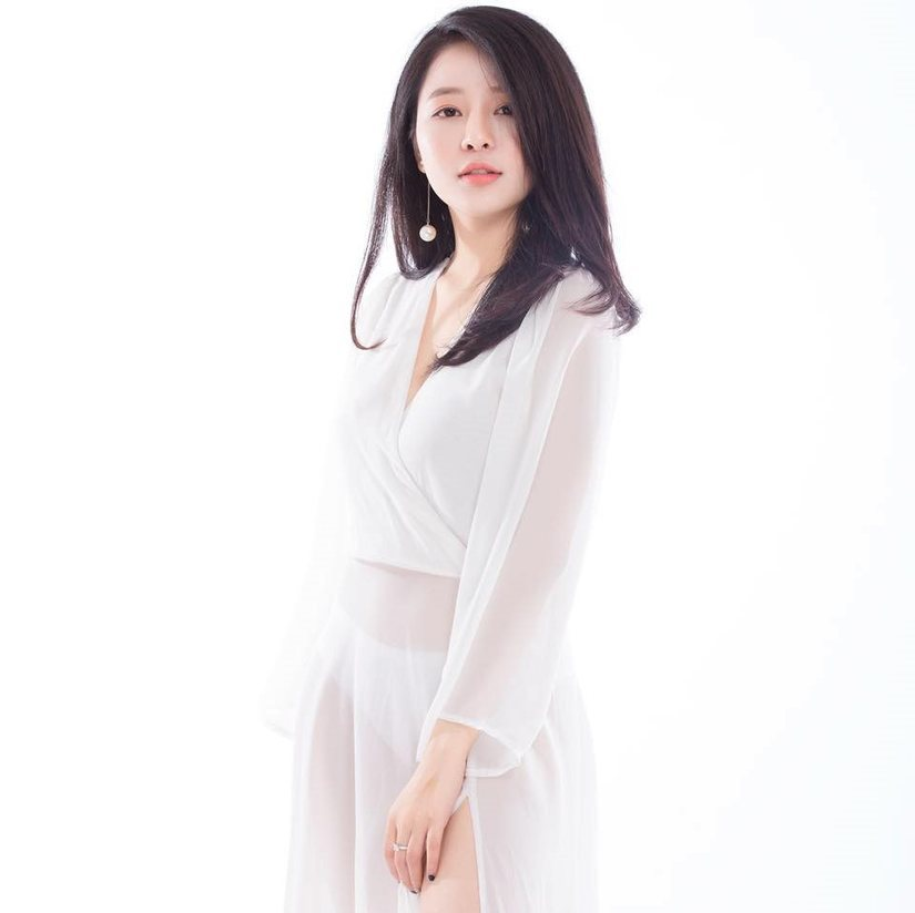Hot girl Trâm Anh bật mí chuyện tình cảm gây thích thú3