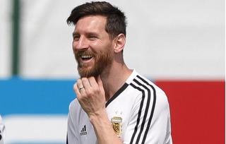 'Nổ súng' vào lưới Nigeria, Lionel Messi đi vào lịch sử World Cup