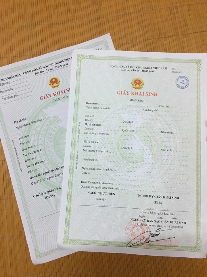 Lãnh đạo xã đóng dấu, ký khống vào giấy khai sinh : Sẽ kiểm tra, rà soát, xử lý