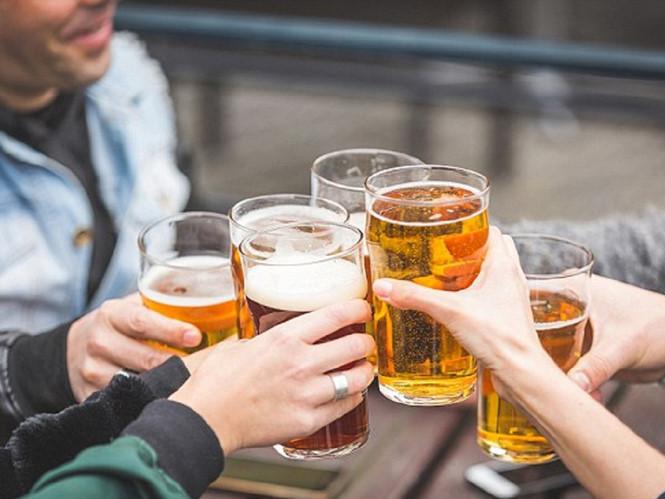 Không uống rượu bia có nguy cơ chết sớm, ung thư?