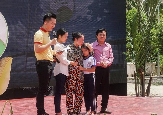 Vinamilk trao 76.500 ly sữa cho trẻ em tỉnh Vĩnh Long