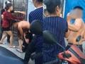 Xôn xao clip đánh ghen, con trai đánh cả mẹ đẻ để bảo vệ nhân tình