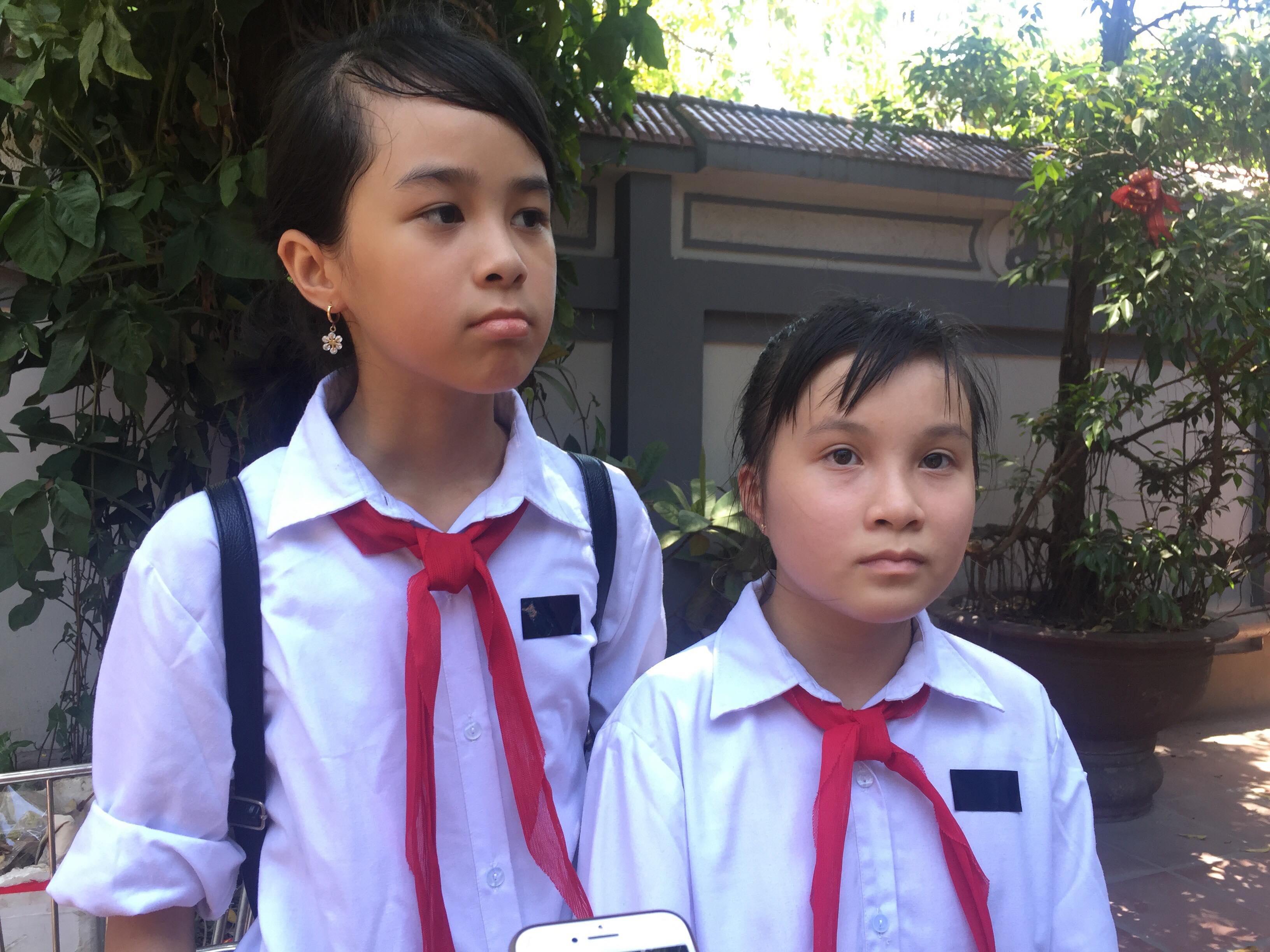 Bạn thân của Vân Nhi cũng có mặt trong lễ tang