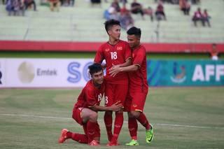 Dùng đội hình dự bị, U19 Việt Nam vẫn thắng đậm U19 Lào