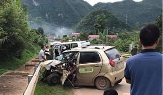 Sơn La: Taxi đâm trực diện xe cứu thương, 8 người thương vong