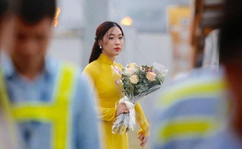Nữ sinh tặng hoa Tổng thống Donald Trump dự thi Hoa hậu Việt Nam