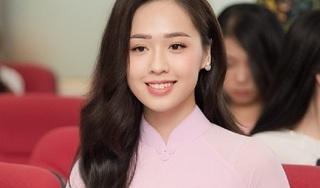 Nữ sinh tặng hoa Tổng thống Donald Trump dự thi Hoa hậu Việt Nam 2018