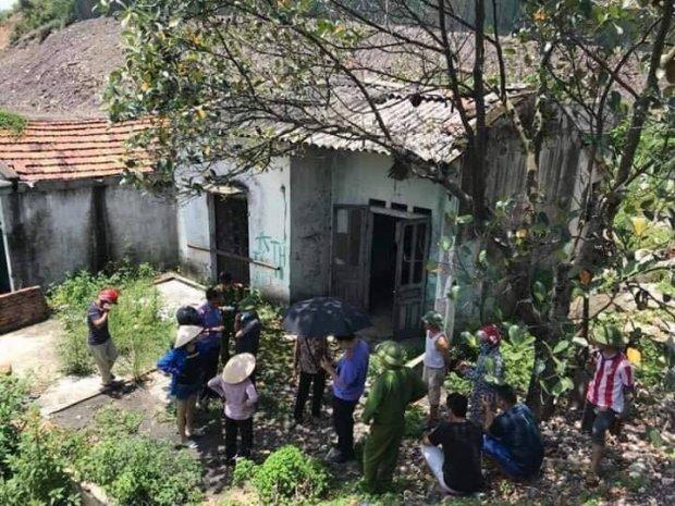 Quảng Ninh: Phát hiện thi thể người đàn ông đang phân hủy trong nhà hoang