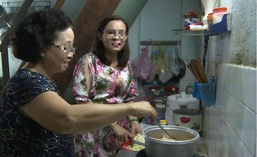 Mẹ chồng giàu có tằn tiện, nấu bữa cơm 18 nghìn cho 4 người ăn