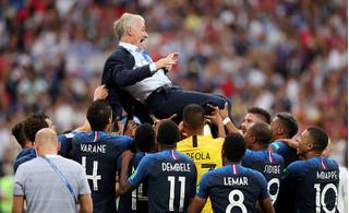 Vô địch World Cup 2018, đội tuyển Pháp lập một loạt kỷ lục