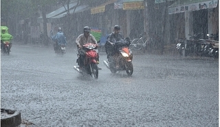 Diễn biến mới nhất của áp thấp nhiệt đới trên biển Đông