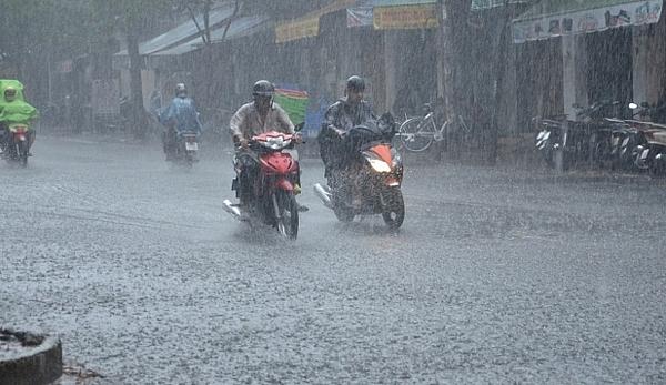 Diễn biến mới nhất của áp thấp nhiệt đới trên biển Đồng