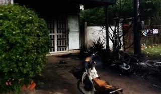 Bình điện phát nổ ở Củ Chi, 2 người trọng thương, cháy 4 xe máy