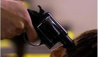 Hà Nội: Đòi nợ bất thành, dùng súng dí vào đầu 2 anh em dọa giết